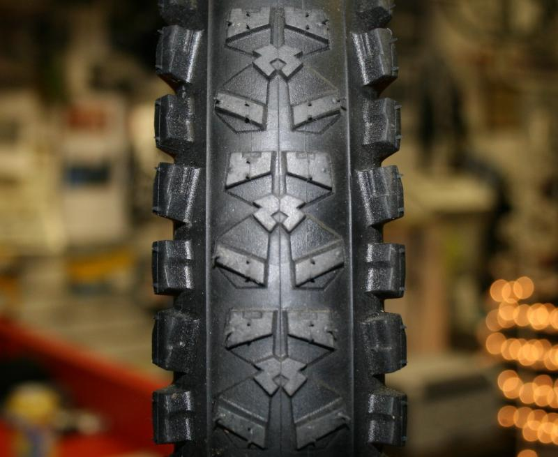 A close up look at the Piranha tread.