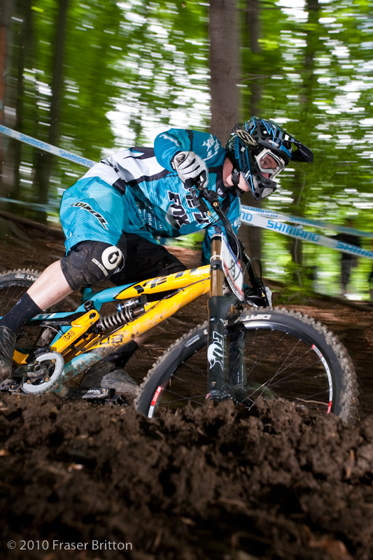 Yeti has a new bike as well, and Aaron Gwin has been abusing it all day.