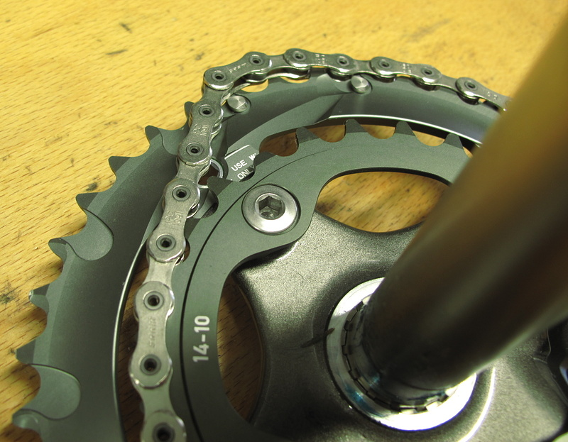 The rings use SRAM's X-Glide technology - small and large rings feature pick-up pins that are positioned to line up with the chain rivets, not the plates, which SRAM says increases both shift opportunities and shift speed.