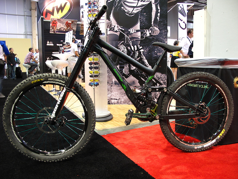 The Geax booth had Mike Montgomery's bad ass Banshee Legend on display. This is the bike that he'll be rocking at Rampage and you'll be able to watch him get his huck on, live on Pinkbike during the event.