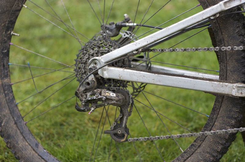 The rear derailleur held up extremely well for the duration of the test and fared much better than my rear wheel.