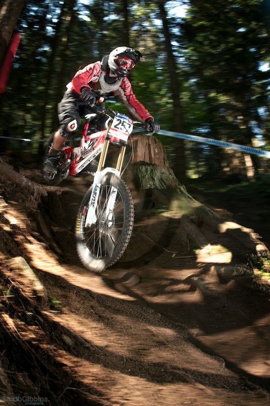 Few photos from the WC finals in Val Di Sole with the Madison/Saracen team.