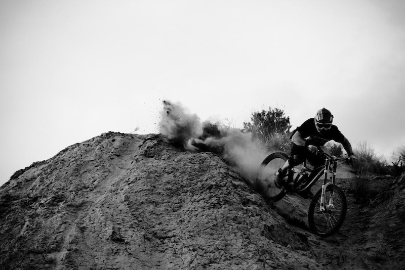 Slashing through dust. Matt Miles Photo.