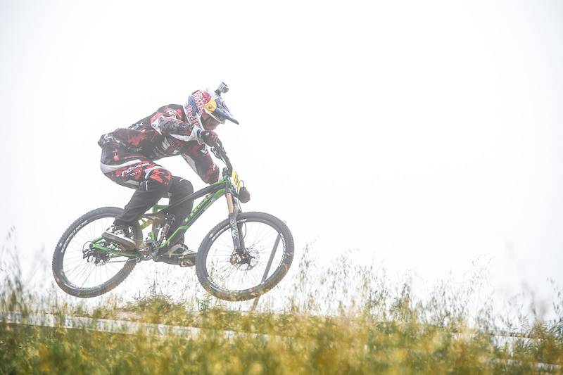 There are short tracks, long tracks, steep tracks and pedally tracks. So far Aaron Gwin doesn't seem to be having too much trouble with any of them. Third place at the Sea Otter Classic DH