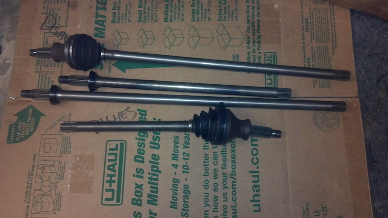 Got Ashcroft HD axles front and rear for the discovery.