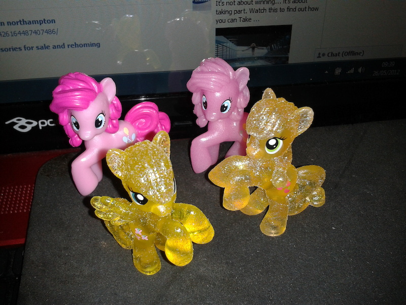 Pinkie Pie, Glow in the dark Pinkie Pie, Glitter Fluttershy &amp;amp; Glitter Applejack