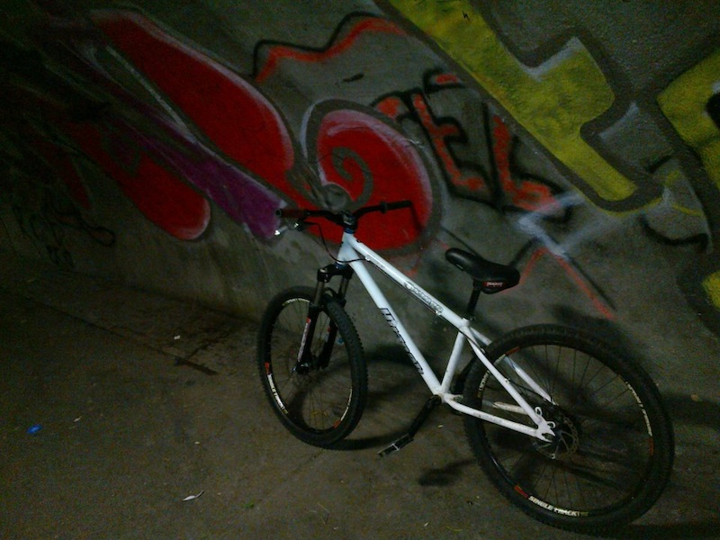 orange hitman good condish wanting 250 or swap for a good air rifel
