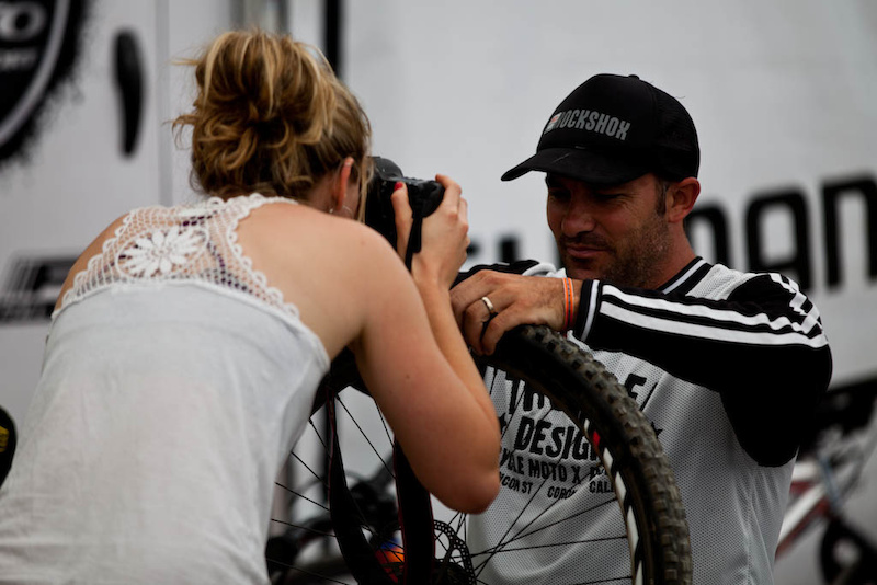 Rachel Atherton, pro photographer, getting the goods on Sven Martin. How the tables have turned.