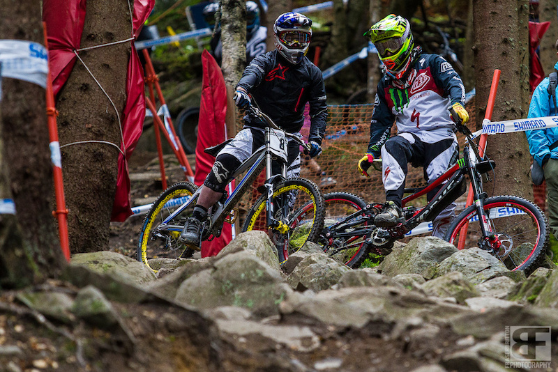 Sam Hill and Brook Macdonald discuss line options into the rocks. Riders were all over the place (whether on purpose or not) and it paid to hang out a bit and see what was working best.