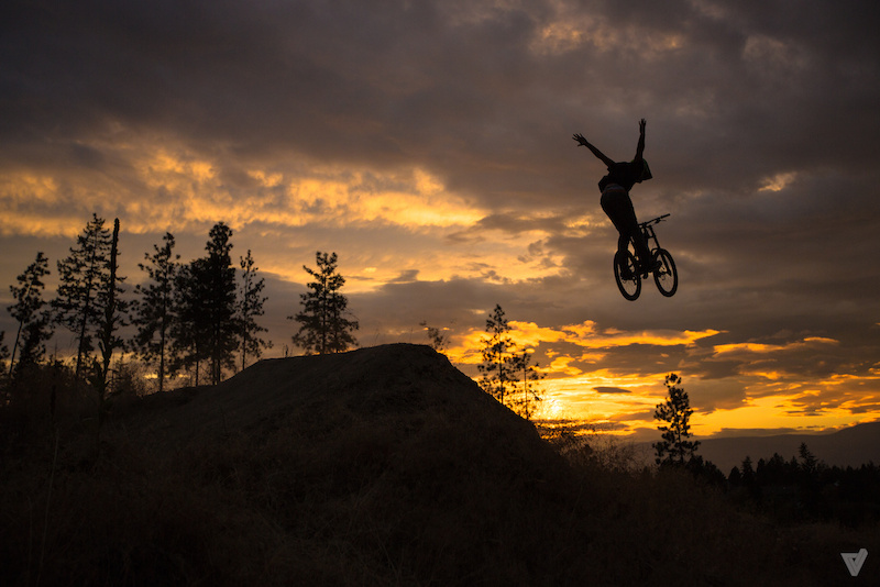 Huge stretched out no hander over the step down just as the sun fell behind the mountains. Like us on Facebook - http facebook.com VirtuMedia