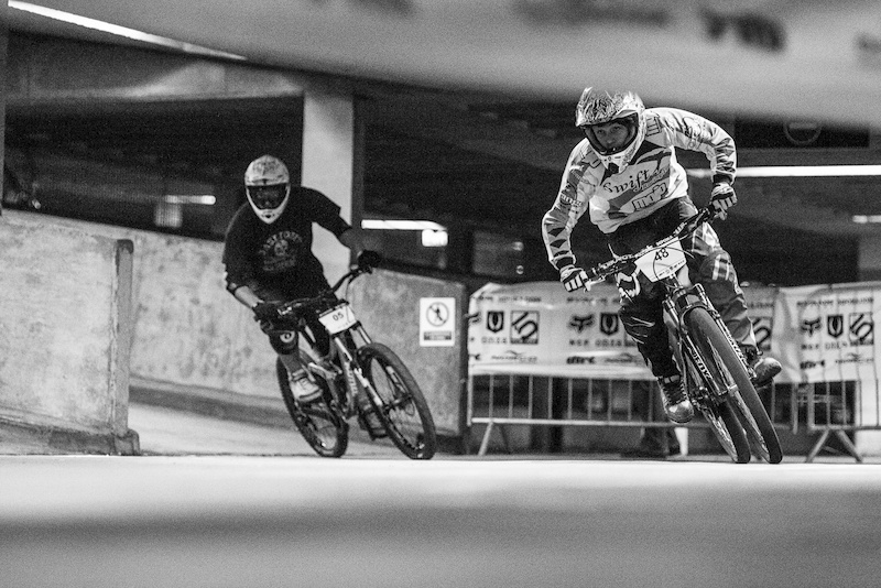 Head to head action DH Vs Hardtail during Evans Cycles Urban Dual at NCP Multstory Car Park Cardiff Wales United Kingdom. 28October 2012 Photo Charles Robertson