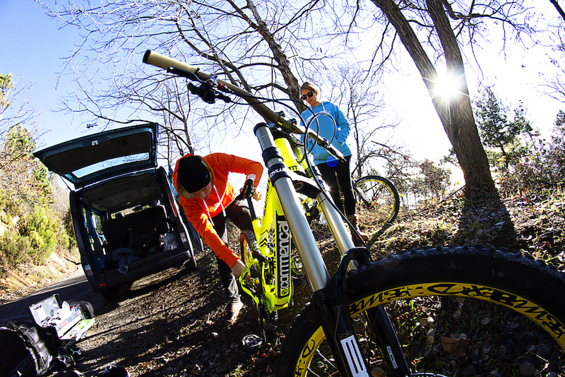 Credits Sam Decout COMMENCAL