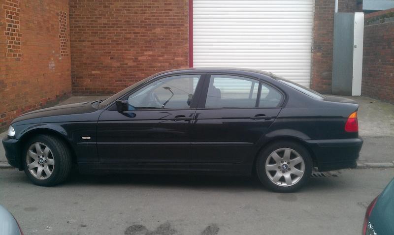 BMW 318i e46 black, spares or repairs, £600! engine problem