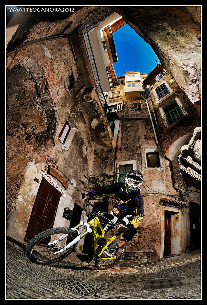 Riding in the streets of Dolceacqua www.life-cycle.eu