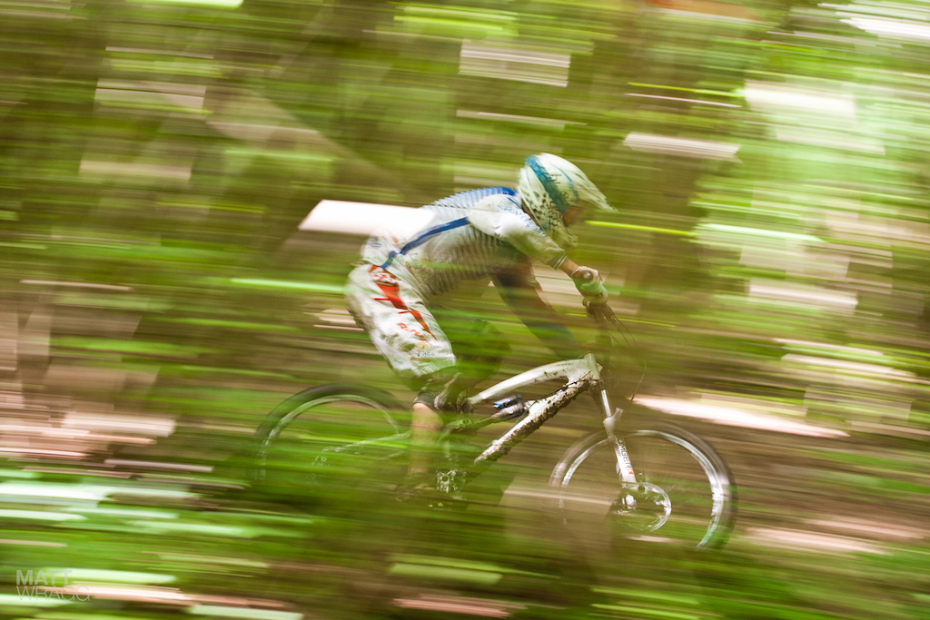 Blurry panning shot ahoy