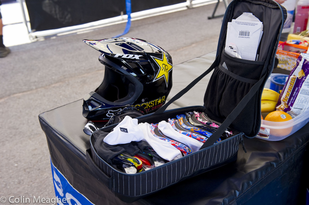 Most riders have a goggle selection of one. Danny Hart however has a different level of sponsorship. Rainbow stripes hath its privilages.