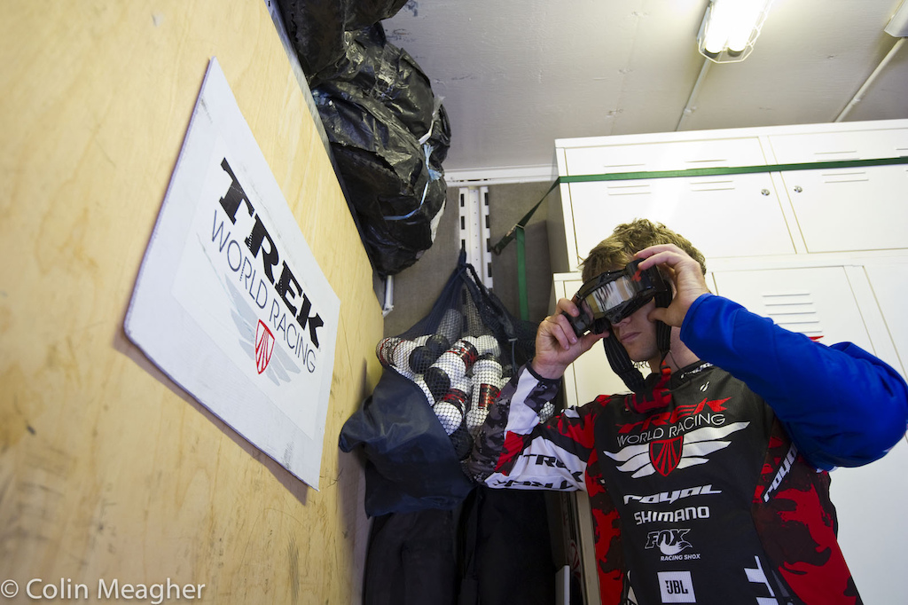 Aaron Gwin isn t the only gun in Trek World Racing s arsenal. Justin Leov keen vision is not to be underestimated.
