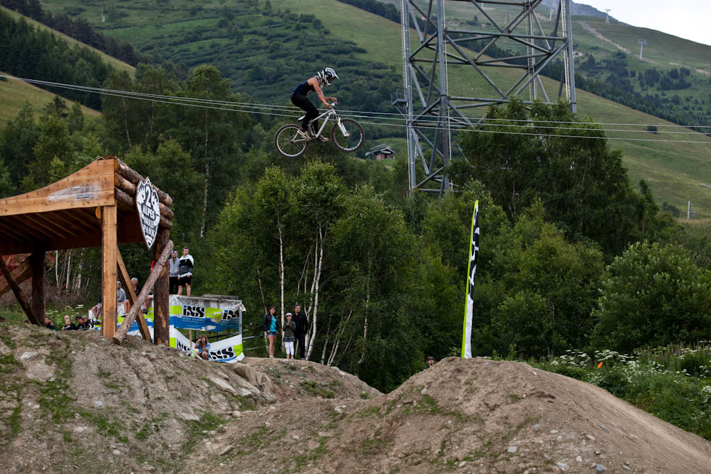 Those gaps are no jokes... Slopestyle practice at Crankworx Les 2 Alpes
