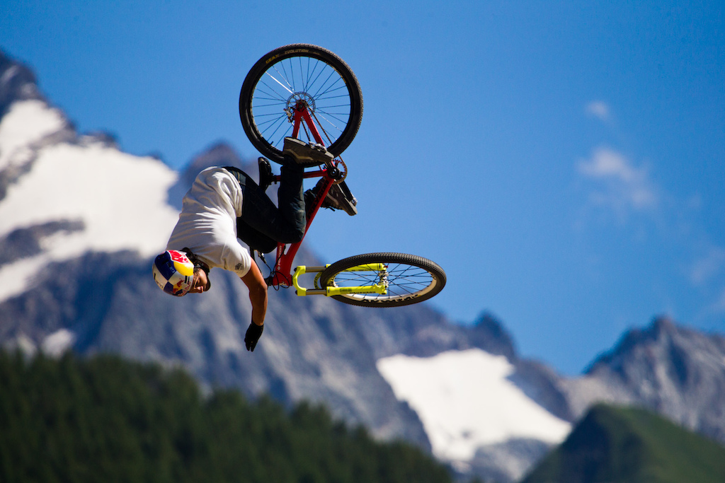 Yannick Granieri with his signature trick
