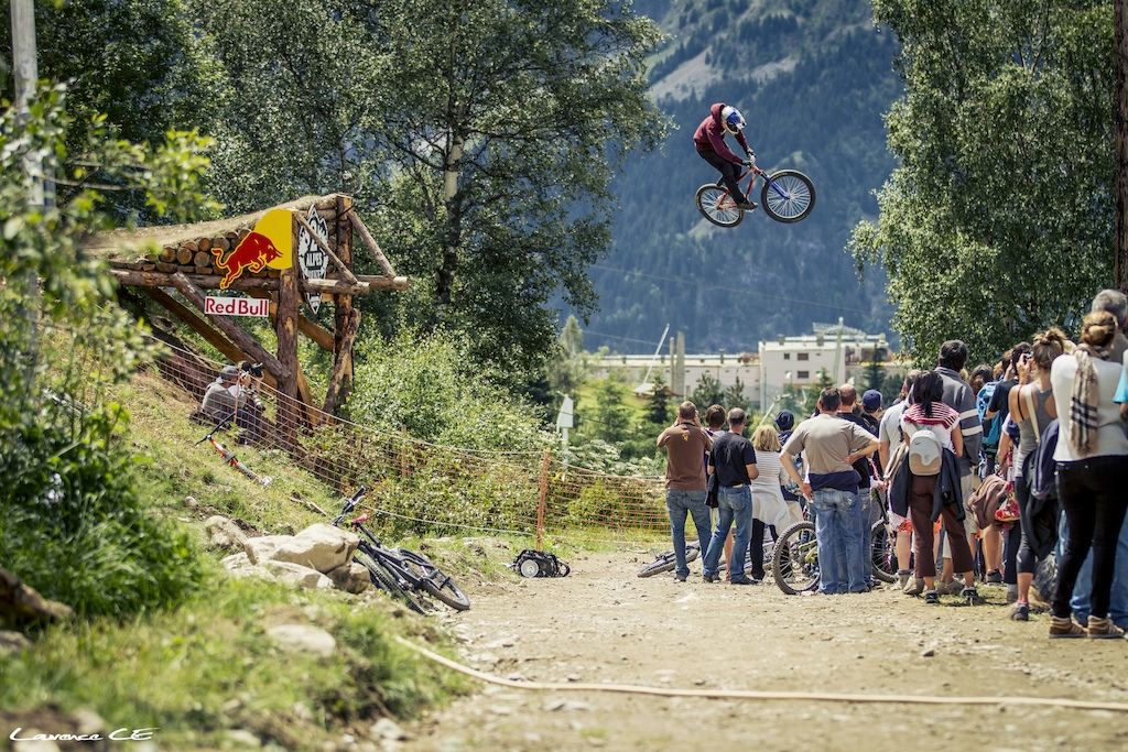 Gapping the Redbull Road Gap - Laurence CE - www.laurence-ce.com
