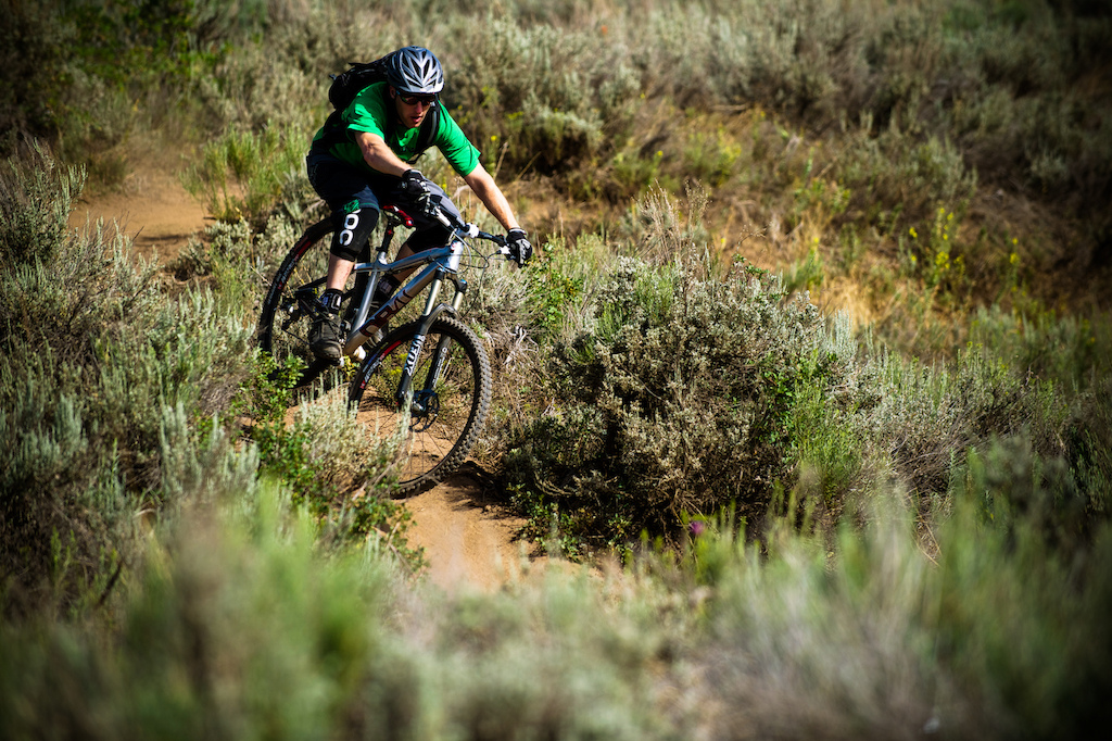 Jon Kennedy rides the Mason AM 29 hardtail at the 2013 Diamondback bike launch