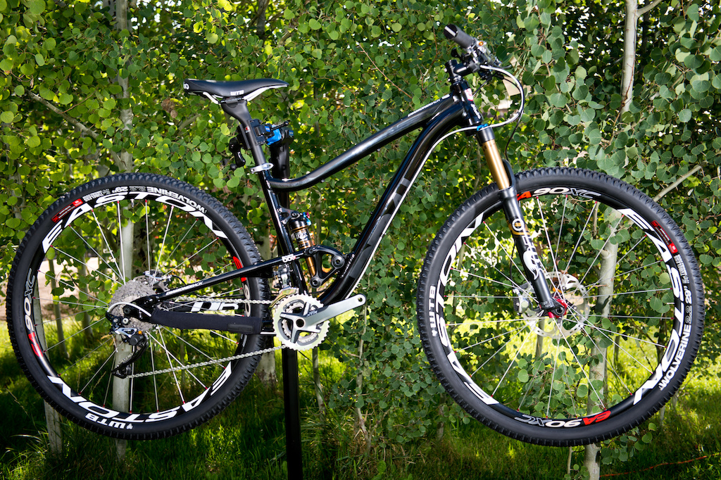 2013 Diamondback Sortie Black 29 er