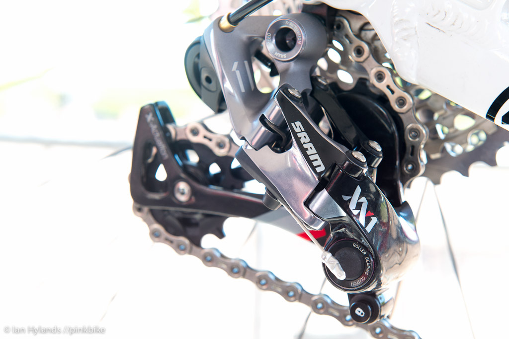 SRAM XX1 rear derailleur with roller bearing clutch. It looks and feels crisp