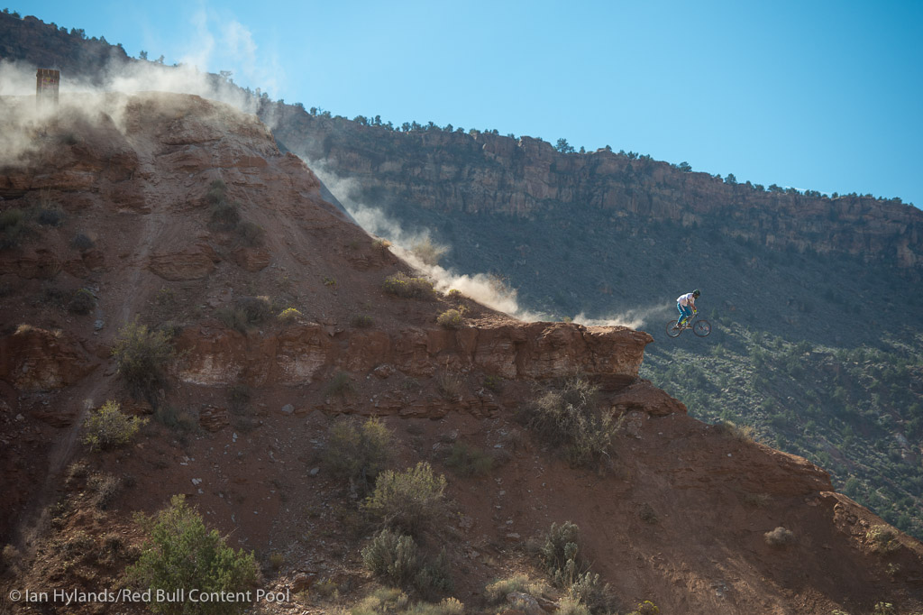 Sam Pilgrim blazing down the ridge and leaving a trail of dust in his wake...